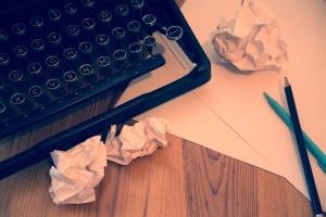 typewriter-14625648655rG